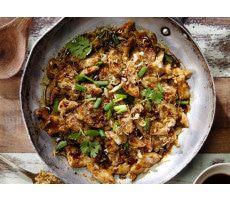 Kip met vier Thaise sauzen
